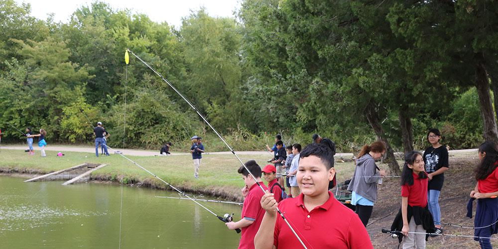 KIds fishing.